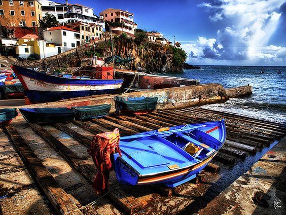 Camara de lobos madeira portugal travel madeira - Amalia rodrigues la maison sur le port ...