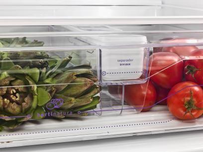 Geladeira/Refrigerador Electrolux Frost Free - 3 Portas Bottom Freezer 630L Inox DM83X com as melhores condições você encontra no Magazine Siarra. Confira!