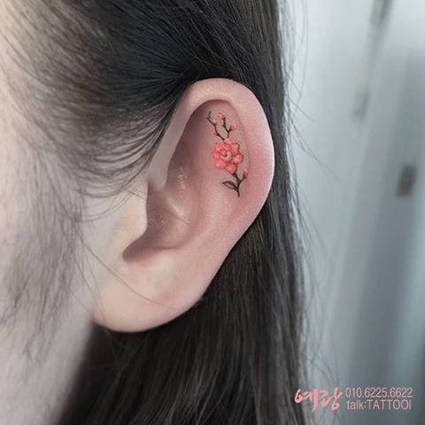 10 Best Helix Tattoo Designs for Your Ears | StyleCaster: