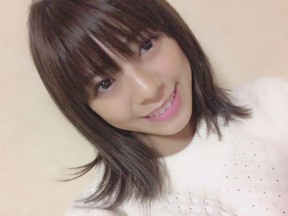 瞳の奥が輝く素敵な笑顔のわちみなみのエロ可愛い画像