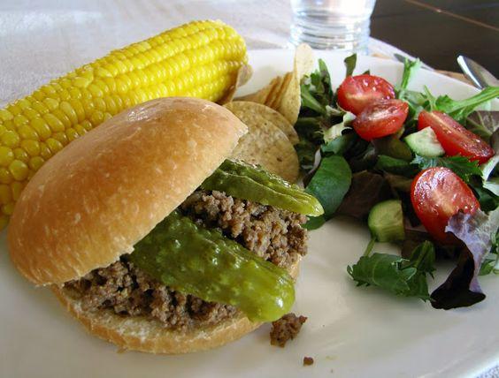 Mennonite Girls Can Cook: Maid Rite Burgers