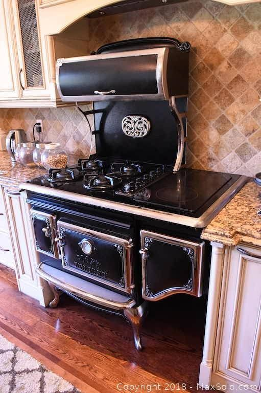 Elmira Stove In Working Condition At Time Of Cataloguing Vintage