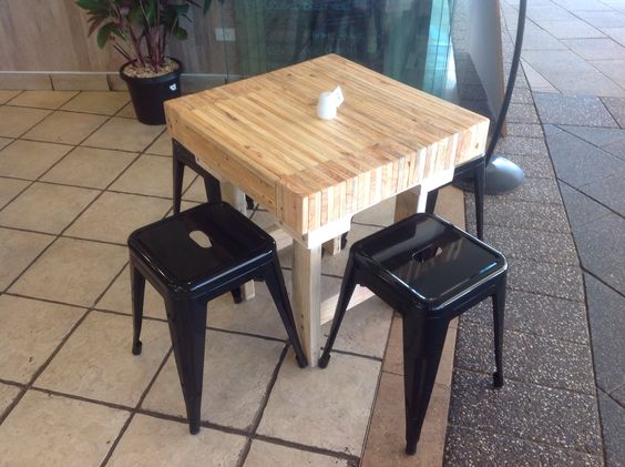 butchers block reclaimed timber coffee table. custom made for de