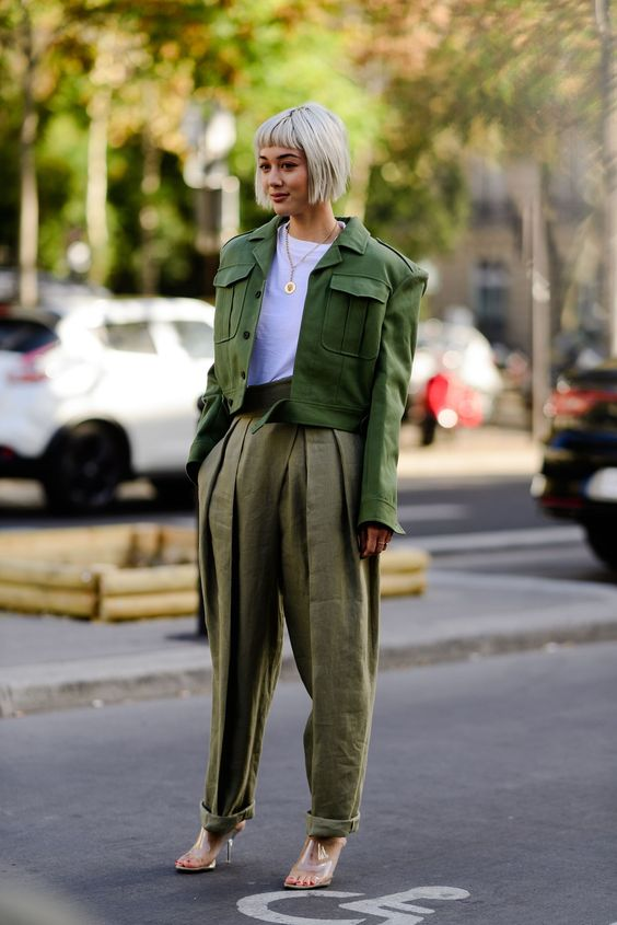 | If you've got the acquaintance about trends, then it is easy to mix-match the trends and make your own fineness. Both trends are a breeze to follow al...