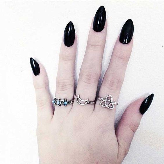 Grunge-Nails-(3)