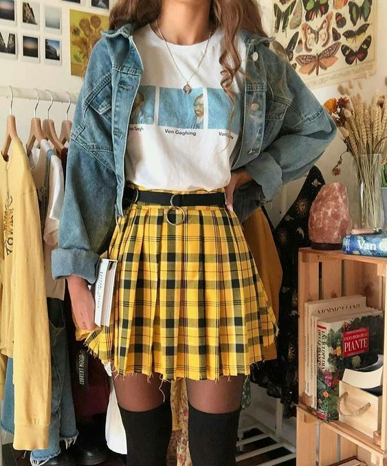 46 Women Short Skirts To Inspire Every Girl outfit fashion casualoutfit fashiontrends