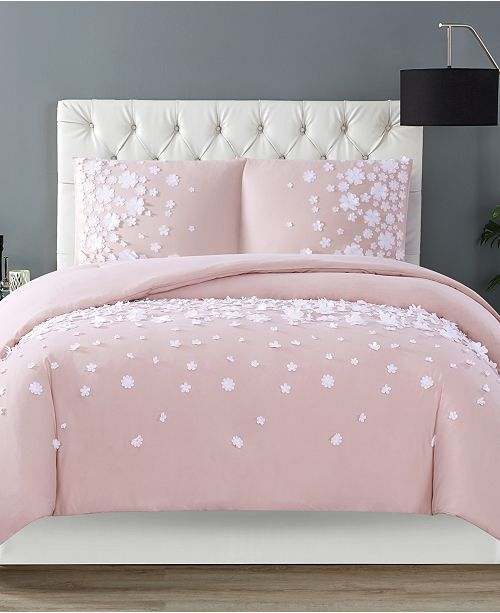 Christian Siriano Confetti Flowers 3 Piece Blush Full Queen Duvet Cover Set Reviews Duvet Covers Bed Bath In 2020 Comforter Sets Duvet Sets King Comforter Sets