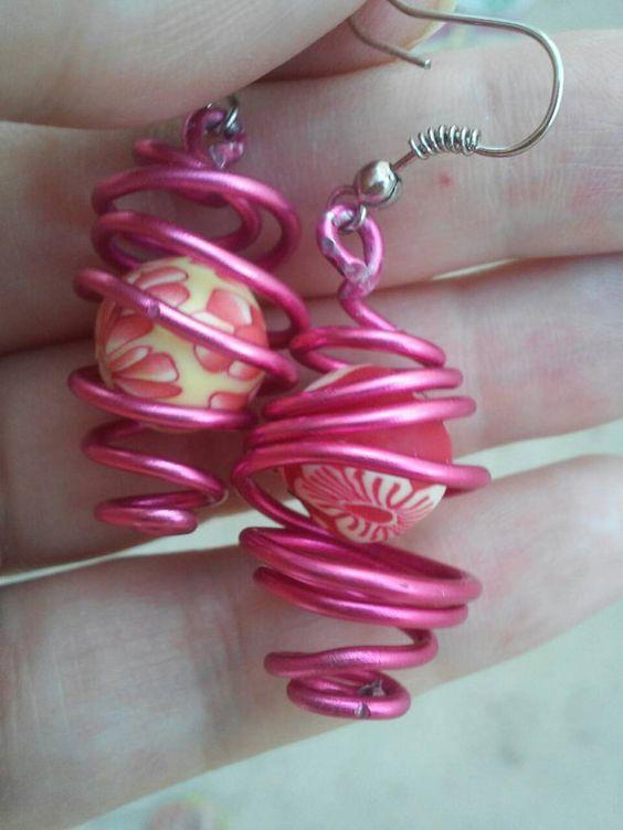 Pendientes de alambre hechos artesanalmente por bisuteriawithlove