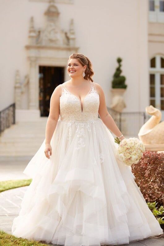 6838 Lace Tulle And Regency Organza Have All Been Intertwined To Make This Incredible Ballgown Flat Sequin Gives Off Plus Wedding Dresses Wedding Dresses Lace