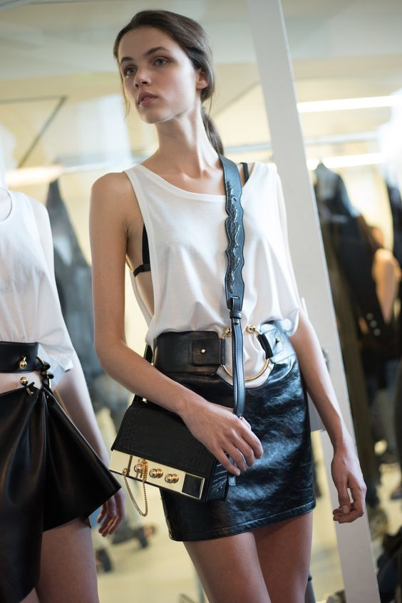 Anthony Vaccarello Spring 2016 Ready-to-Wear Beauty Photos - Vogue