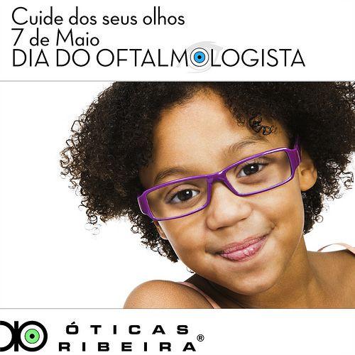 Parabéns ao Dia do Oftalmologista! No dia deste profissional tão importante para a nossa saúde ocular, vamos cuidar dos nossos olhos? É fundamental que desde a infância se inicie este cuidado! Você já levou seu filho ao oftalmologista?
