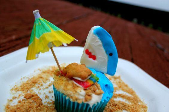 Fun Beach Themed Cupcakes