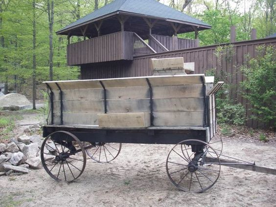 Old wooden wagon wagons and wheels pinterest for Things to do with old wagon wheels