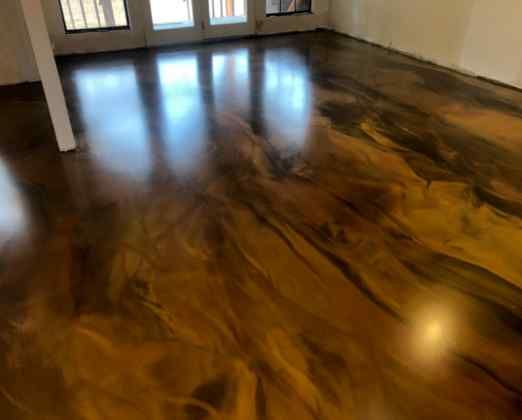 Metallic Marble Epoxy Floor Gold Brown And Copper Glossy Floors Polished Concrete And Epoxy Flooring In 2020 Metallic Epoxy Floor Epoxy Floor Flooring