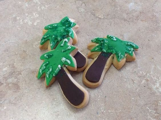 Palm Tree Cookies by LiVayGoodies on Etsy
