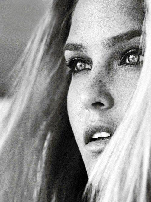 Bar Rafaeli. Love her freckles...