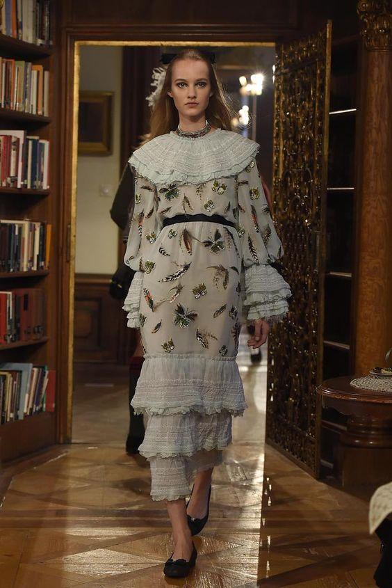 Chanel Pre-Fall 2015 Runway - Vogue
