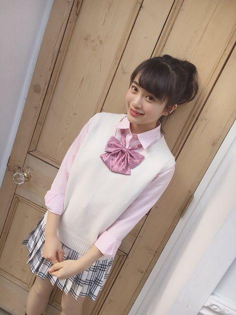 ピンクの制服の福田愛依