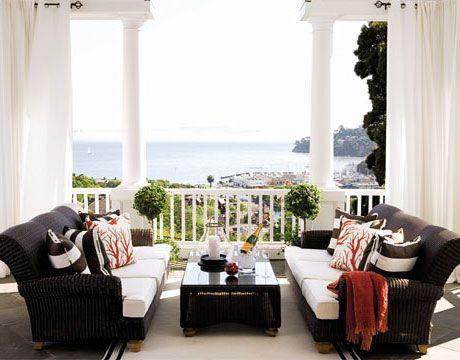 Black and White, terraza cojines