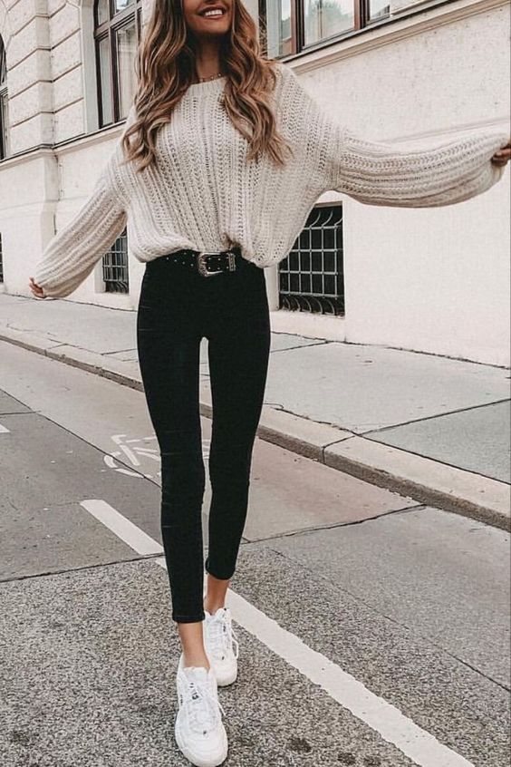32 Charming Fall Street Style Outfits Inspiration to Make You Look Cool this Season #Outfit #Women Style #Women Style
