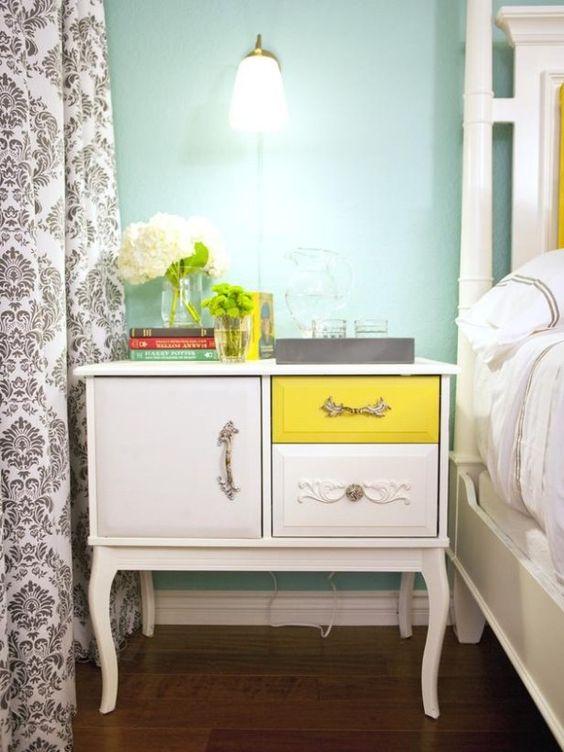 holz kommode schlafzimmer klassischer stil weiss gelb schublade
