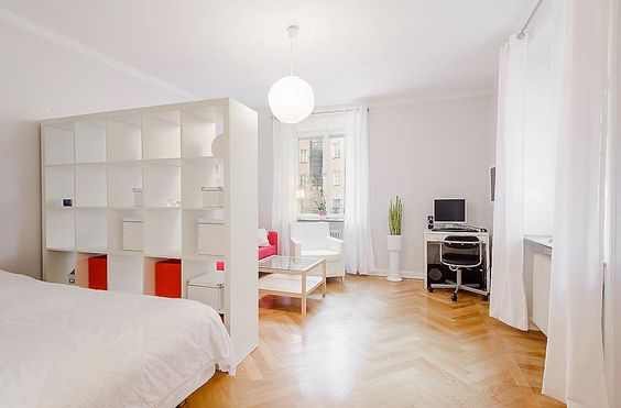 studio apartment oooh a white divider am or can use in a large room