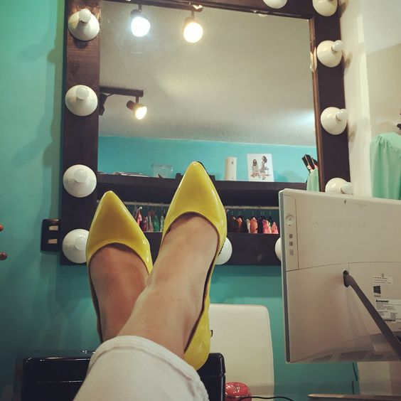 Stilettos amarillos
