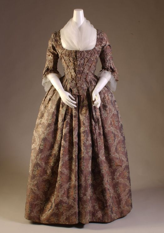 Robe a l'anglaise ca. 1760-69    From The Museum at FIT