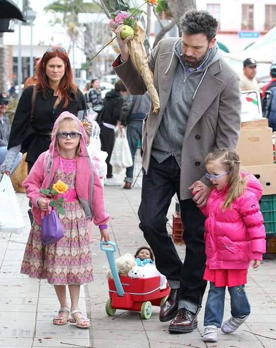Celebaby Roundup!: Ben Affleck picked up flowers at a farmers market with his daughters, Seraphina Affleck and Violet Affleck, on Sunday.