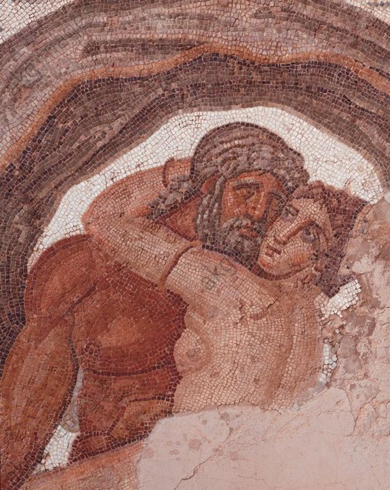 NEPTUN U. AMPHITRITE / RÖM. MOSAIK. Römisch, spätes 4. Jahrhundert.  Neptun umarmt Amphitrite.  Ausschnitt. Mosaik, Gesamtmaß 1,97 × 1,87 m. Fundort: Sidi Ghrib, südliches Karthago (Tunesien).
