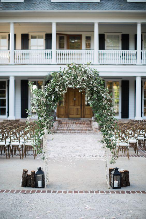 pretty wedding arbor http://trendybride.net/appling-georgia-real-wedding/ #trendybride