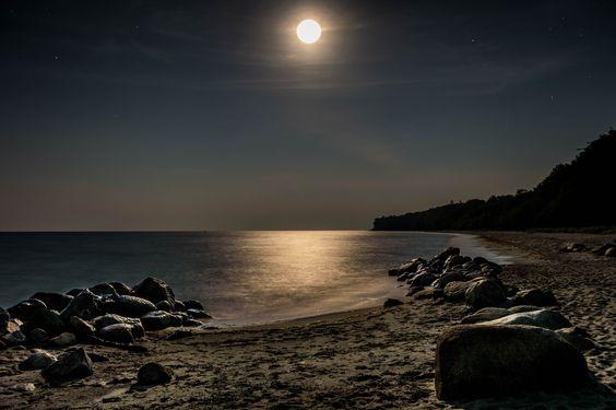 Hesnæs Beach - Super-Moon night september 2014