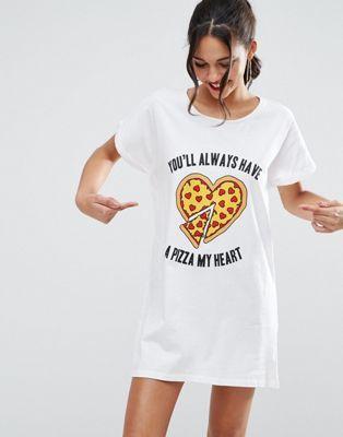 ASOS - Valentines - T-shirt de nuit oversize motif pizza