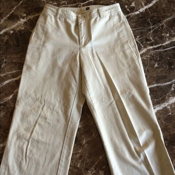 Gap pants Gap pants in retro cut. Size 2. Pants go to the ankles.  Pockets in front only. GAP Pants Ankle & Cropped