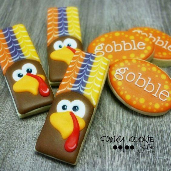 Jill FCS : Thanksgiving. Turkey cookie sticks. Gooble plaques.