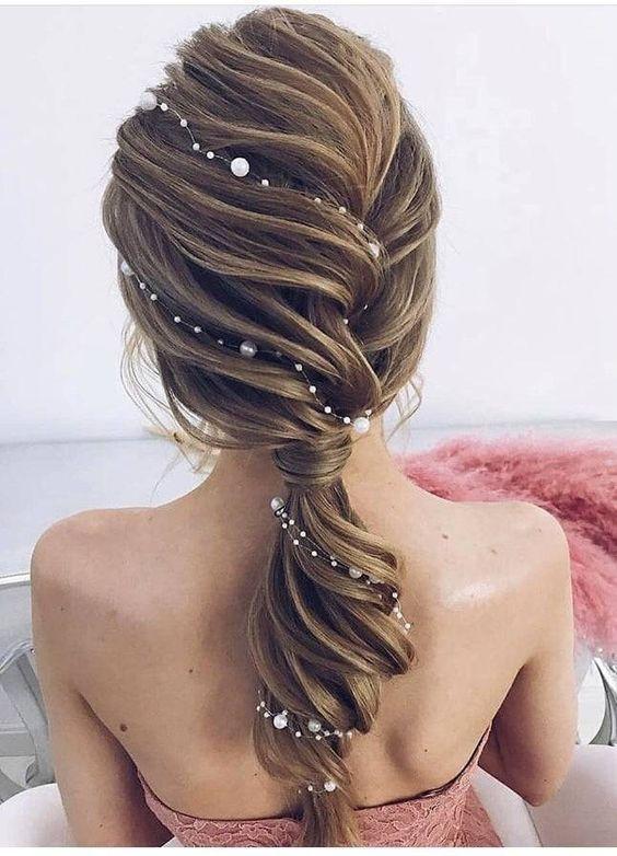 12 Inspirational Best Hair Style For Christmas Eve Sweet And Pretty Fazhion Hair Styles Long Hair Styles Bridal Hair Headpiece
