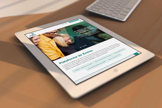 Home, site Eleva Educação - tablet.