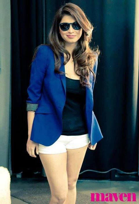 Angel Locsin( casual yet classy, perfect for a long day outdoors)