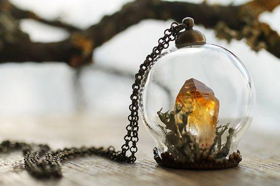 Miniature terrarium necklace , Citrine crystal , gemstone jewellery , miniature terrarium , real plant, nature necklace, November birthstone