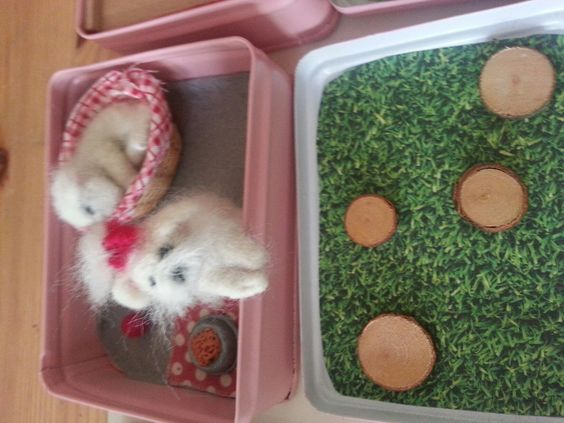 needlefelted dogs