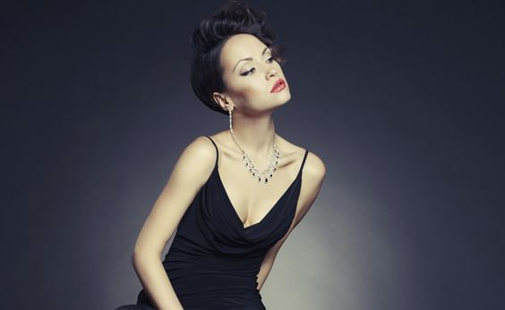 Escolher o modelo certo para a ocasião, de acordo com o seu formato de corpo, ajuda a criar um look perfeito e que te valoriza.