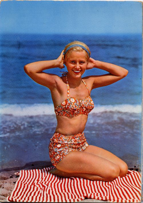 60's swimsuit. See more at: http://fiftiesweb.com/fashion/1960s-swimsuits/: