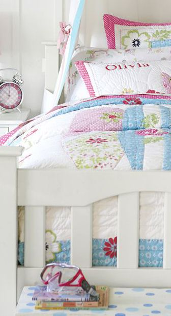 North Shore Tropical Quilt #girls #bedrooms