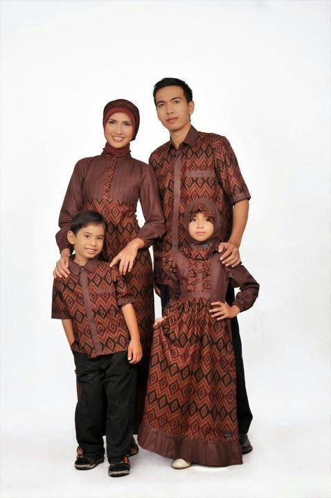 Busana muslim couple keluarga ayah ibu dan anak model Baju gamis couple ibu ayah anak