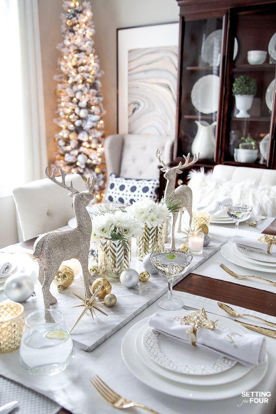 Novorichnij Stil 78 Idej Oformlennya Z Foto In 2020 Christmas Dining Table Christmas Dining Table Decor Christmas Table Centerpieces