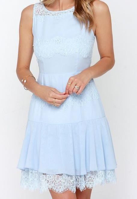Dizzy Lace Dresses