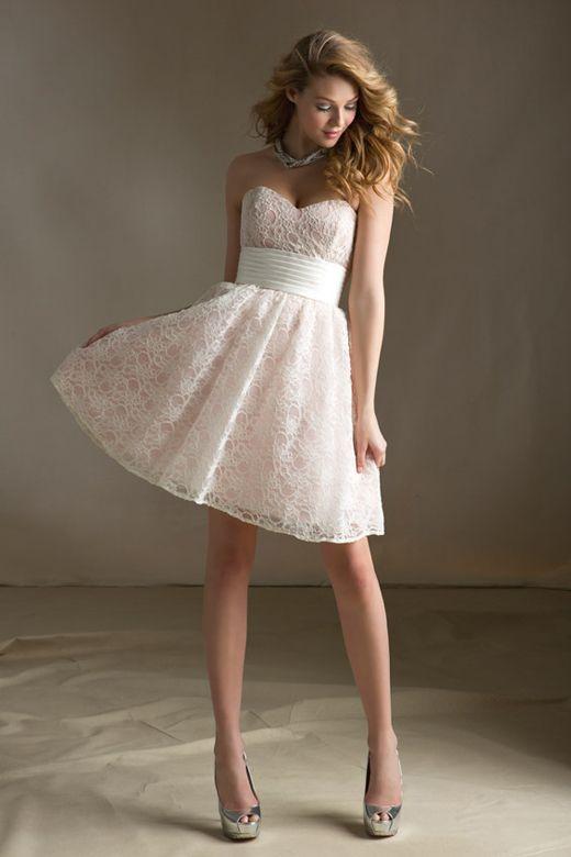 encolure robes de dentelle shorts robes de mariée courtes dîners de ...