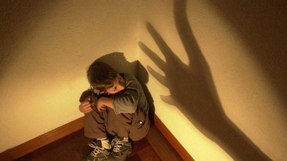 La Junta forma a técnicos para la detección del maltrato infantil