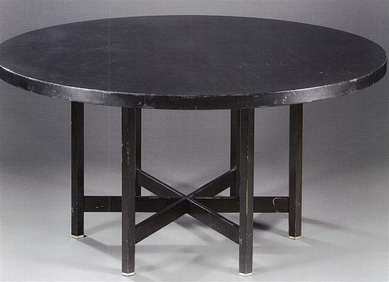 Table à pleateau rond by Jules Wabbes