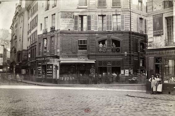 Carrefour Buci, de la place Gozlin. Paris VIe. 1866.